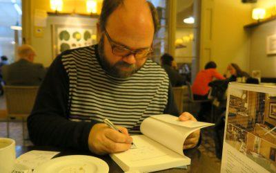 """Entrevista con Pau Atienza sobre su libro """"Historia y evolución del montaje audiovisual de la moviola a youtube"""""""