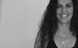 Laura Bari - Editora-Dir Primas small